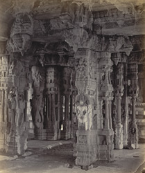 Ruins of Vijianuggur [Vijayanagara] near Humpee [Hampi]. The Vigiavittaldover or temples near the River Tumboodra [Tungabhadra]. Another view of the interior of the large temple